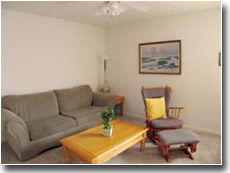 http://www.sandybayapartments.com